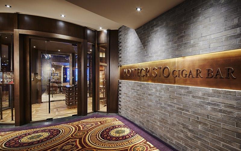 Montecristo Cigar Bar Exterior
