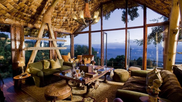 Africa Safari Lodges | Photo credit: Roderick Eime
