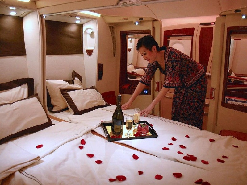 Singapore Airlines Luxury First Class Suite