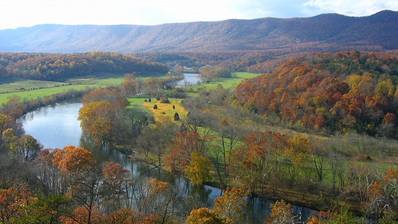 Shenandoah River in autumn